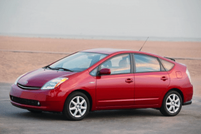 Toyota_Prius-second_generation-US-car-sales-statistics