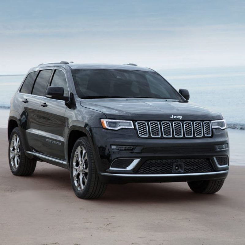 2019-Jeep-Grand-Cherokee-Gallery-Exterior-Black-Beach.jpg.image.1440