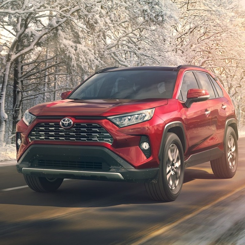 2019-Toyota-RAV4-front-three-quarter-in-motion-05