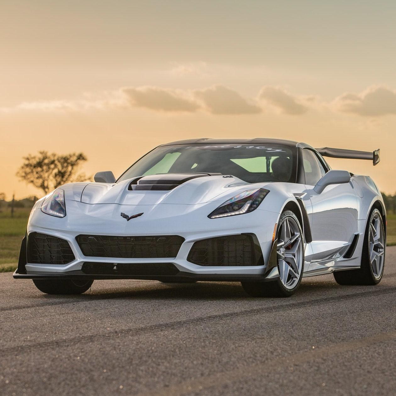 ZR1-Corvette-2019-White-Hennessey7-min
