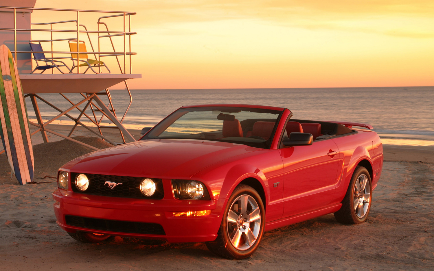 2005-Ford-Mustang-convertible-front-three-quarter-beach
