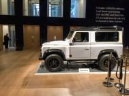 Land Rover Defender 2000000 43
