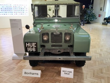 Land Rover Defender 2000000 56