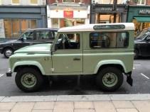 Land Rover Defender 2000000 67
