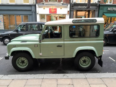 Land Rover Defender 2000000 67
