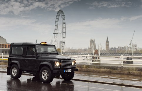 Land Rover Defender Taxi 5