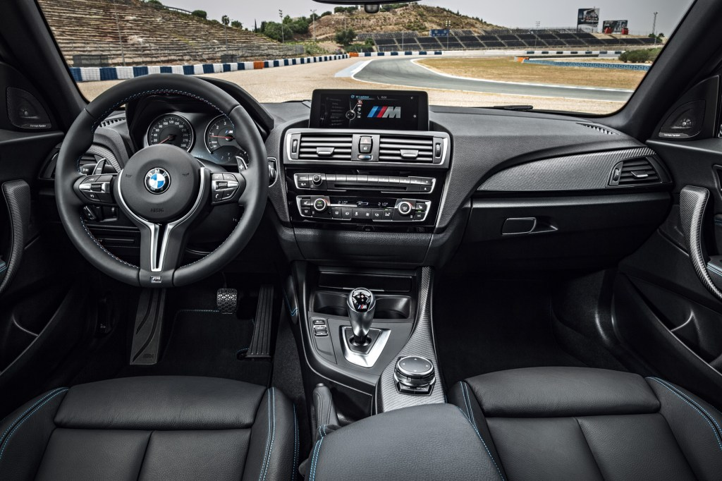 BMW M2 Coupe 6