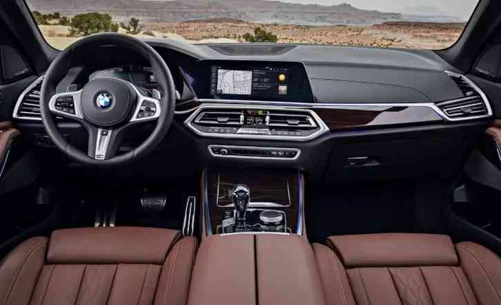 BMW x5 redesign the X5's xDrive50i model has been replaced by the plug-in hybrid xDrive45e