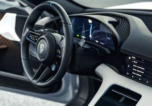 Porsche Mission E Cross Turismo Steering