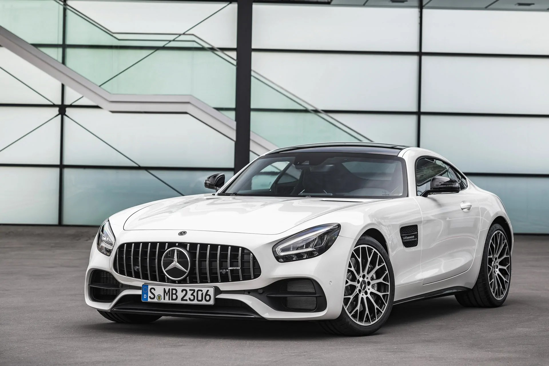 New Mercedes-AMG GT and AMG GT R PRO | Cars GT