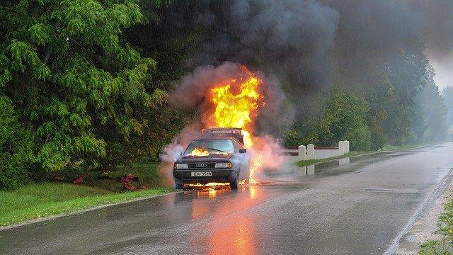 54e7dd4a4256ad14f6da8c7dda793278143fdef85254764e732e7cd4954e 640 - Love Your Car Again! These Repair Tips Can Help