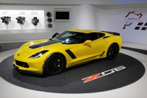 2015-chevrolet-corvette_100453182_l