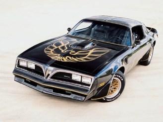"Pontiac Firebird ""Screaming Hawk"""