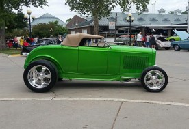 1932_Ford_Roadster.09