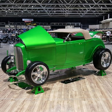 1932_Ford_Roadster.16