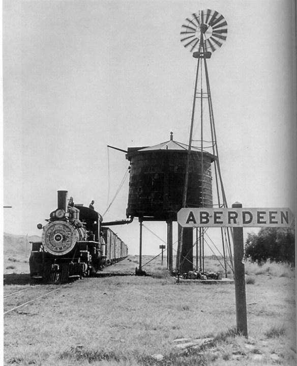 Aberdeen Station water tank (R. E. Behme)