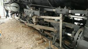 Right main rod installed.