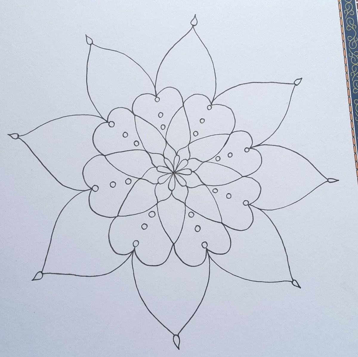 زخرفة نباتية رسم زخرفة بسيطة بقلم الرصاص