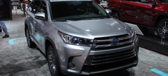 Best 2019 Toyota Highlander Hybrid Spy Shoot