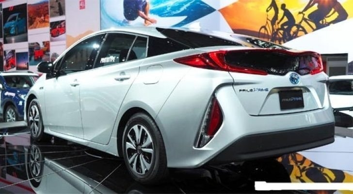 the toyota 2019 prius release date cars studios cars studios. Black Bedroom Furniture Sets. Home Design Ideas