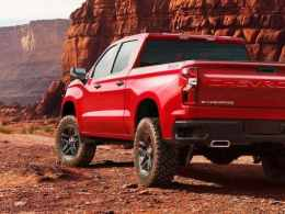 The Latest Silverado from Chevrolet in 2018 - 2020 Chevy Silverado Price & Concept