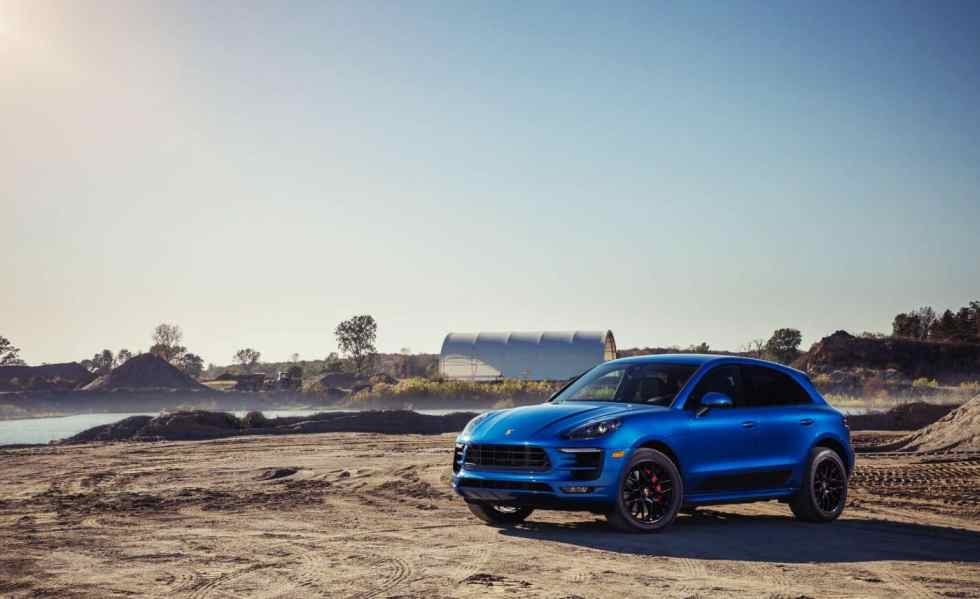 2019 Porsche Macan Revealed Its Sporty Exterior Interior Carssumo