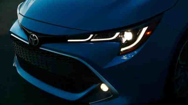 2019 Corolla Headlight