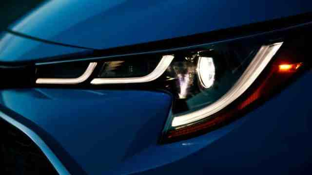 New Corolla Headlight