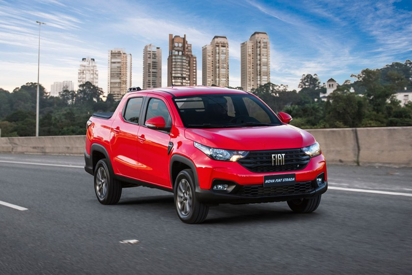 Front of New Fiat Strada