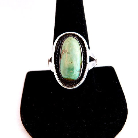Native American Vintage Pawn- Green Turquoise Oval Ring