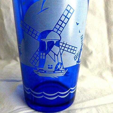 Hazel Atlas White Windmills Cobalt Cocktail Shaker/Mixer