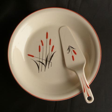 Universal Pottery Pie Plate