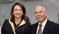 Senadora Kátia Abreu, da bancada ruralista, ao lado de Alberto Figueiredo