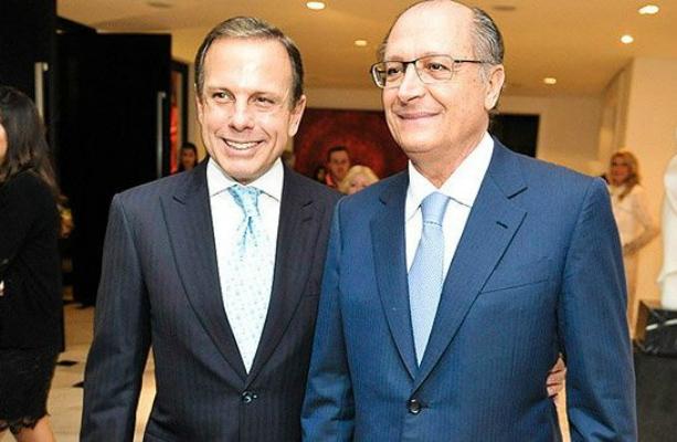 Farmacêuticos flagram trambique de Alckmin e Dória para dar remédio quase vencido à população