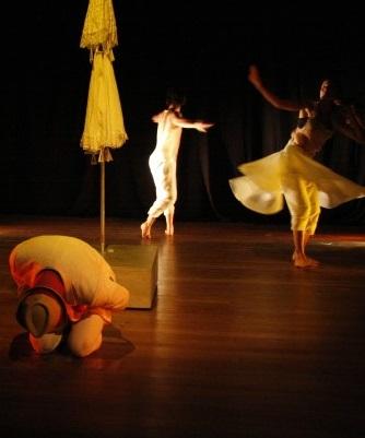 Cultura afro em teatro, música e dança