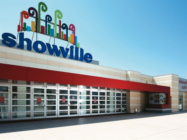 Uci-Cinemas-Showville-a-Bari-1-CartaCon