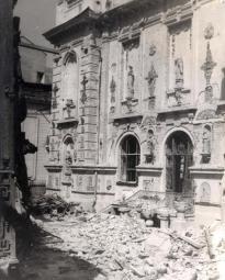 Quando do céu choveram bombas // Romania ~ a beautiful corner of Europe