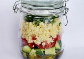 Salata to go cu cuscus