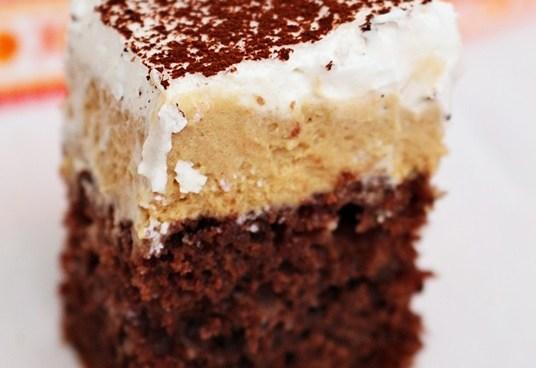 prajitura inghetata falsa cu crema si frisca