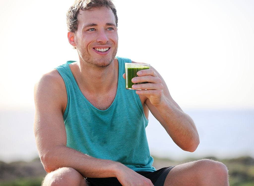 man-drinking-green-smoothie