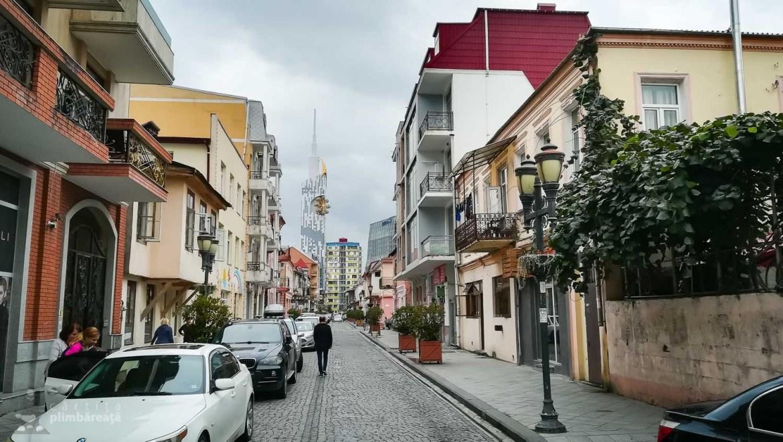 In drum spre Batumi Piazza