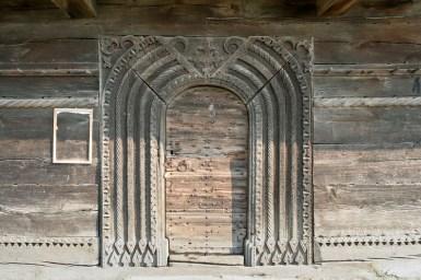 Biserica de lemn din Bradet - David Zugravul_13