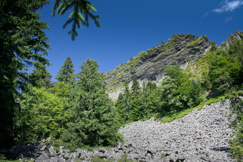 Campul de bolovani si Detunata Goala - Detunatele - Muntii Apuseni / Metaliferi