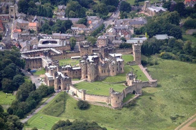 alnwick-castle2