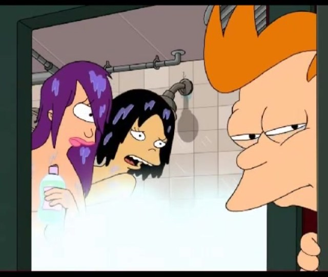Futurama Porn Cartoon Fry Bangs Leela And Amy In Bathroom