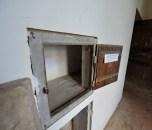 interno cella con sportellino
