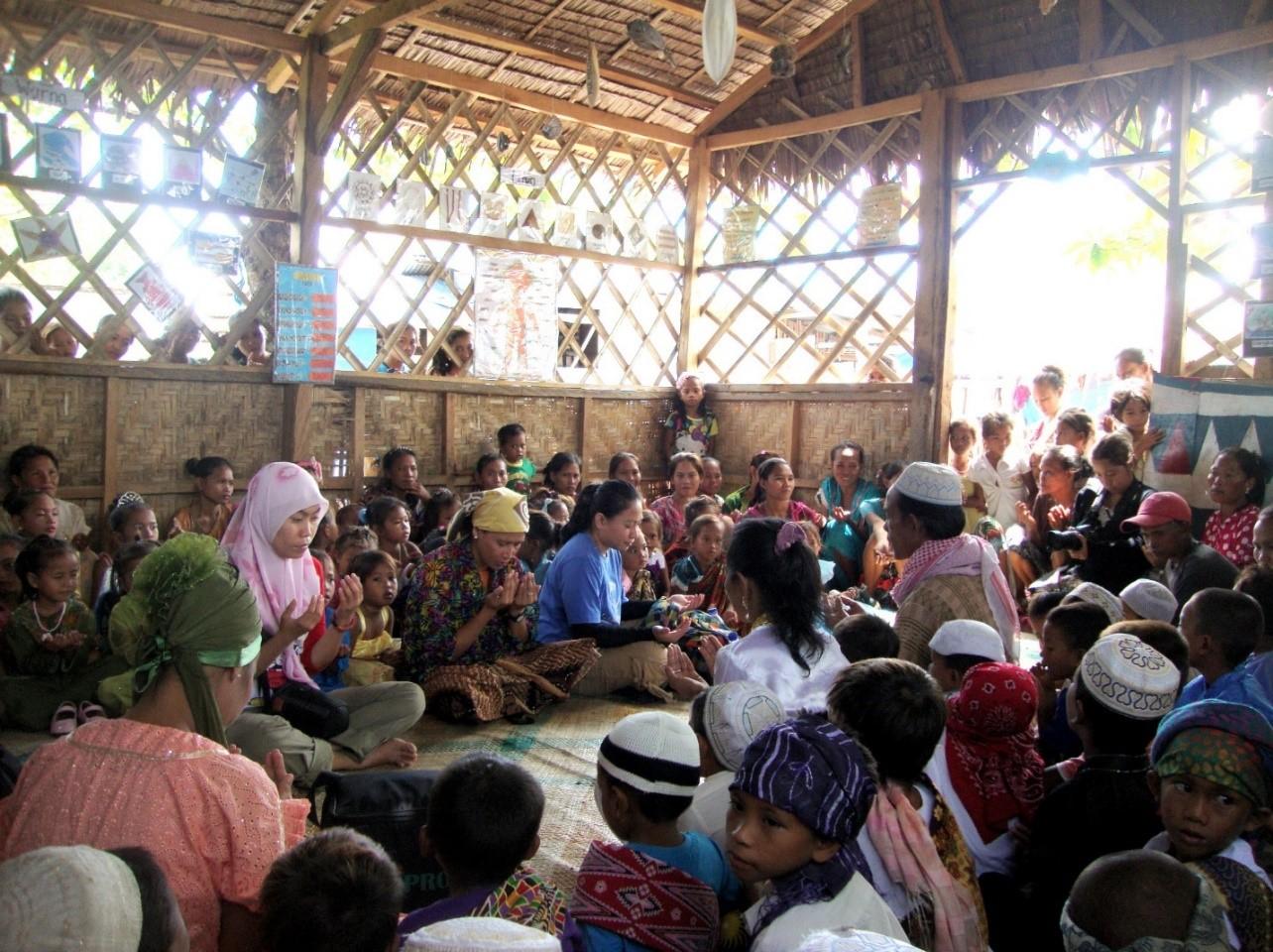 Partners' Visit and Teachers' Training in Zamboanga   Cartwheel