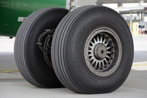 גלגלי מטוס