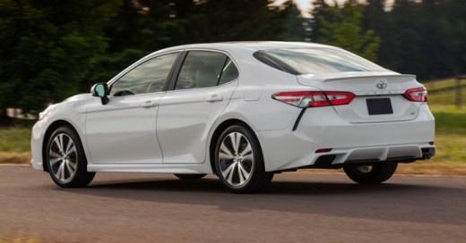 Toyota All New Camry 2018 - Belakang