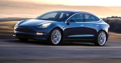 Tesla pecat ratusan karyawan karena Model 3